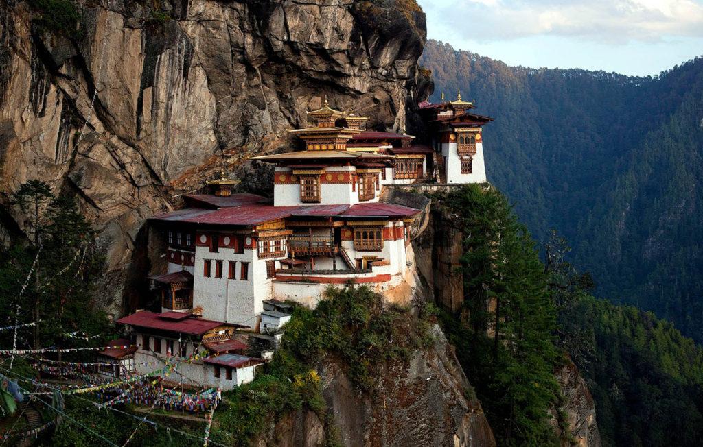 butan_nido tigre- viaje-Montañas de Buda